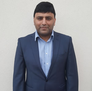 Zee Razaq - Managing Director